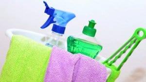 lämna rengöringen av lägenheten eller kontorslokalen till oss